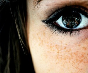 eye, eyes, and freckles image