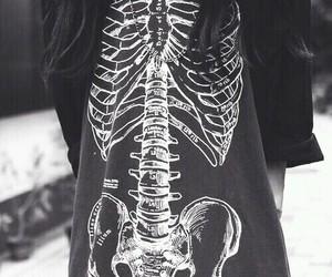 black and white, grunge, and skeleton image