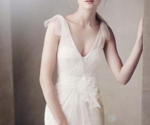 wedding, dress, and Vera Wang image
