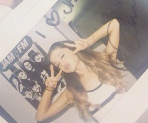 loves and ariana grande image