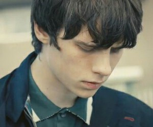 two fingers, jake bugg, and boy image