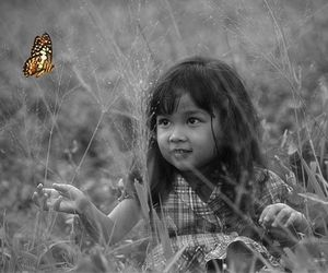 borboleta, butterfly, and child image