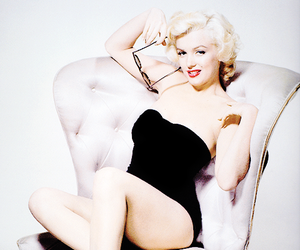 girl, Marilyn Monroe, and old hollywood image