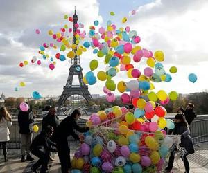 balloons and paris image