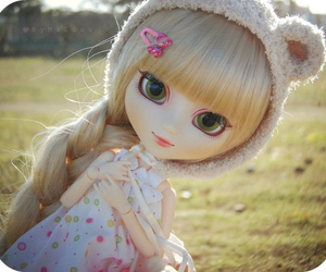 doll and blonde image