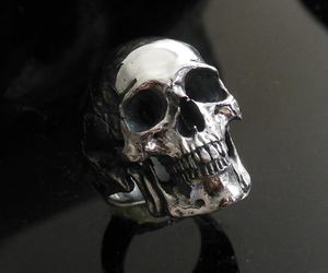 jewelry, rings, and skull image