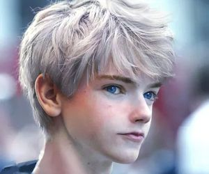 jack frost, newt, and thomas sangster image