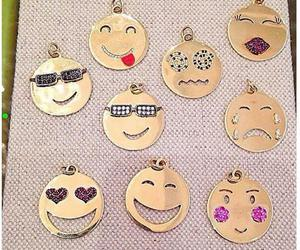 different faces and emoji charms image