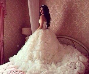 girl, luxury, and wedding dress image