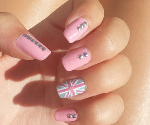 nails, pink, and union jack image