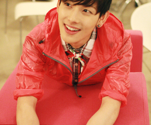 siwan, red, and ze:a image
