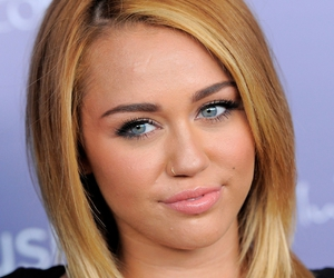 miley cyrus, miley, and eyes image