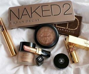 blush, eyeshadow, and Foundation image