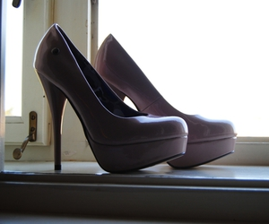 heels, shoe, and shoes image