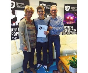 his dad, his mom, and martin garrix image