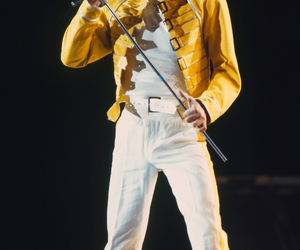 classic, concert, and Freddie Mercury image