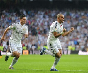 real madrid and soccer image