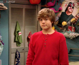 dylan sprouse and the suite life on deck image
