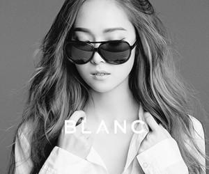 b&w, Blanc, and girl image