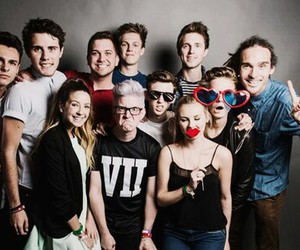 youtubers, zoella, and alfie image