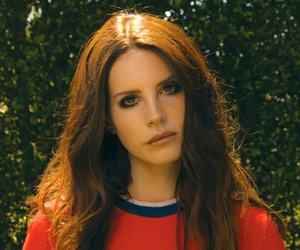 lana del rey, Queen, and red image
