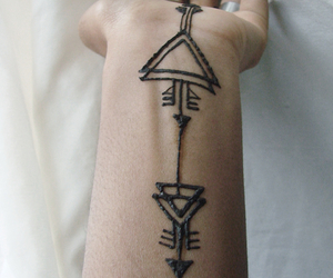 henna, tattoo, and arrow image