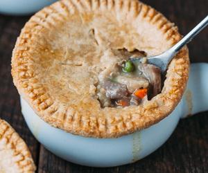 crust, turkey, and cheddar image