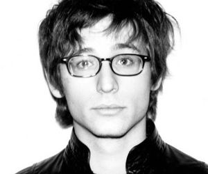 nick valensi and the strokes image