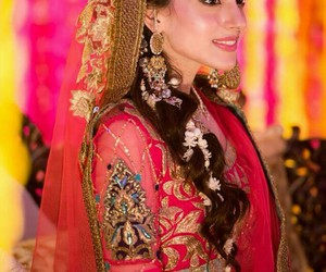 indian wedding and mehndi rasm image