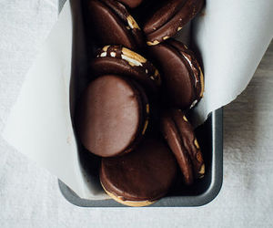 chocolate, food, and Cookies image