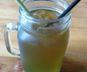 drink, green, and ice image