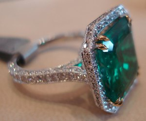 ring, emerald, and diamond image