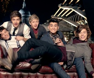music video, one thing, and niall horan image