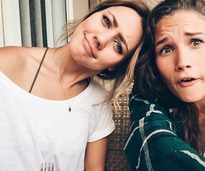 shannon, nowthisisliving, and youtubers image