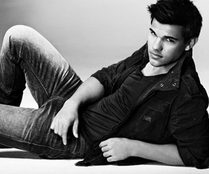 Taylor Lautner, Hot, and twilight image