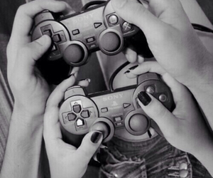 couples, playstation, and gamers image