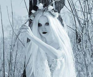 white, snow, and beauty image
