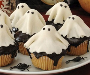 cupcake, ghost, and chocolate image