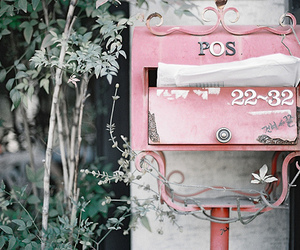 pink, vintage, and mailbox image