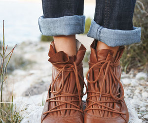 boots, outfit, and shoe image
