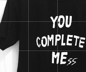 b&w, t-shirt, and luke hemmings image