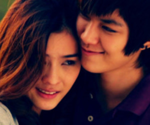 couple, aom sucharat, and tina jittlaeela image