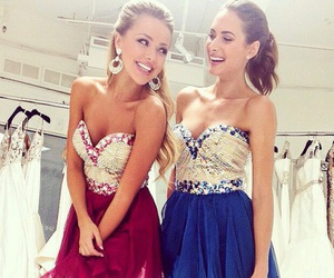 dress and sisters image