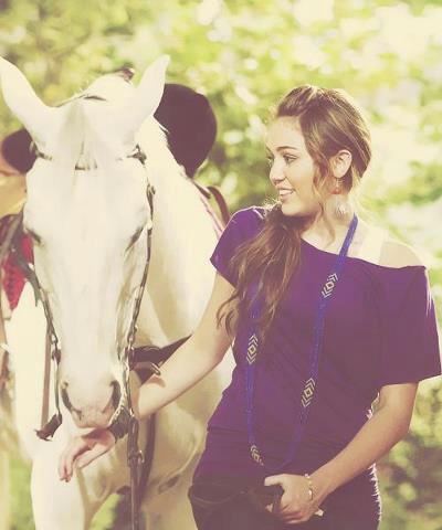beautiful, horse, and miley cyrus image