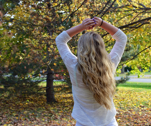 autumn, blonde, and girl image