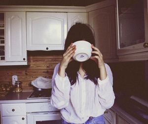 girl, vintage, and kitchen image