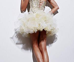 dress and sherri hill image