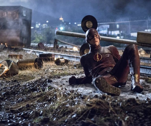 cw and the flash image