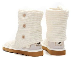 OMG, white, and uggs image