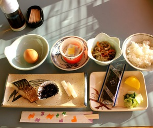 breakfast, eating, and japan image